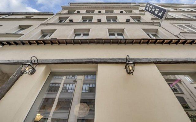 Hotel Sofia вид на фасад