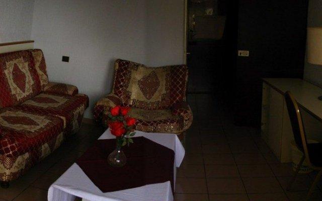 Ayaba Hotel