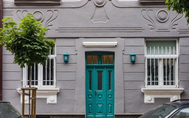 Отель 5 Vintage Guest House вид на фасад