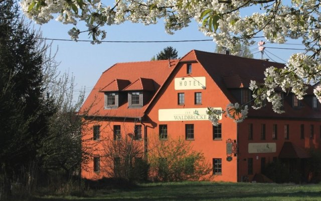 Hotel Zur Waldbrucke Marktheidenfeld Germany Zenhotels