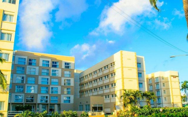 Courtyard by Marriott Nassau Downtown/Junkanoo Beach 0