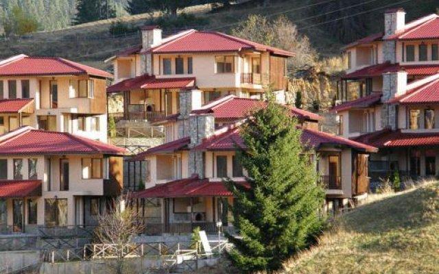 Отель Rodopi Houses Болгария, Чепеларе - отзывы, цены и фото номеров - забронировать отель Rodopi Houses онлайн вид на фасад