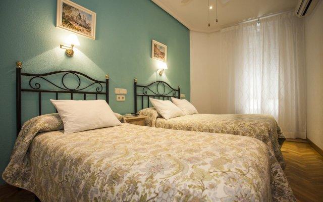 Отель Ava Rooms Испания, Мадрид - отзывы, цены и фото номеров - забронировать отель Ava Rooms онлайн вид на фасад