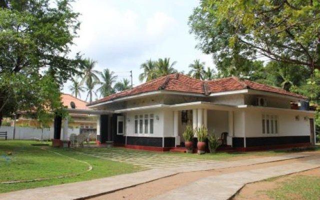 Отель The Mansions Шри-Ланка, Анурадхапура - отзывы, цены и фото номеров - забронировать отель The Mansions онлайн вид на фасад