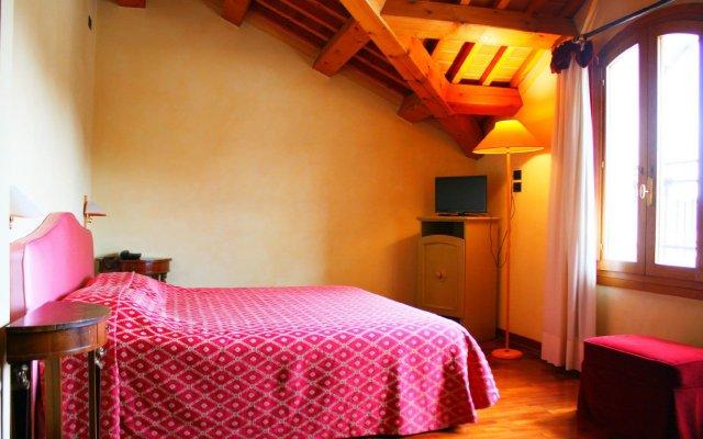 Отель La Torre Италия, Региональный парк Colli Euganei - отзывы, цены и фото номеров - забронировать отель La Torre онлайн комната для гостей