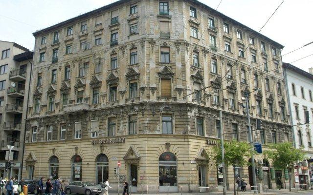 Отель City Center Design Apartments Венгрия, Будапешт - отзывы, цены и фото номеров - забронировать отель City Center Design Apartments онлайн вид на фасад