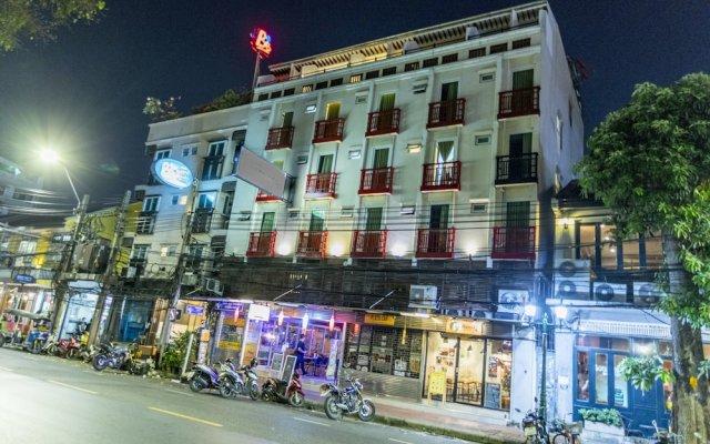 Khaosan Art Hotel Бангкок вид на фасад