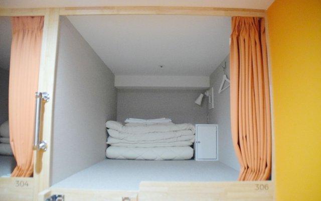 Hostel Anchorage Кобе комната для гостей