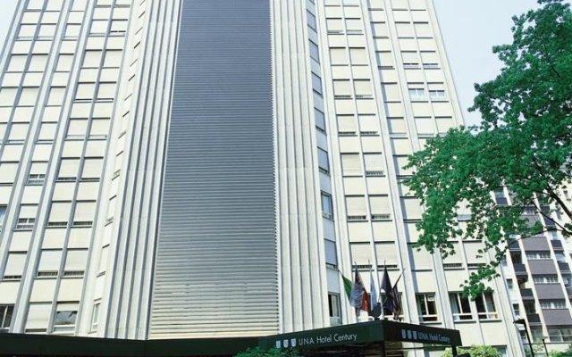 UNA Hotel Century вид на фасад
