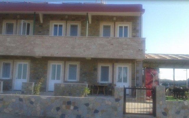Gokceada Batihan Hotel Турция, Галлиполи - отзывы, цены и фото номеров - забронировать отель Gokceada Batihan Hotel онлайн вид на фасад