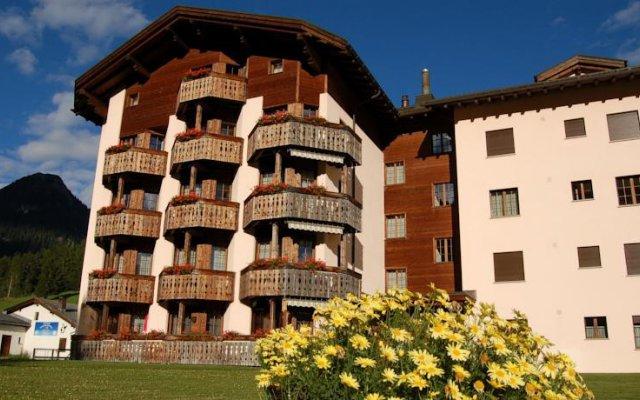 Отель Bünda Davos Швейцария, Давос - отзывы, цены и фото номеров - забронировать отель Bünda Davos онлайн вид на фасад