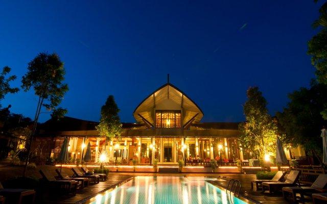 Курортный отель Aonang Phu Petra Resort Ао Нанг вид на фасад