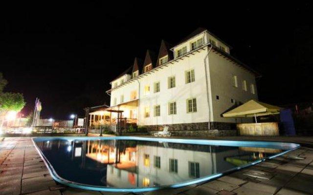 Гостиница Воеводино Курорт вид на фасад