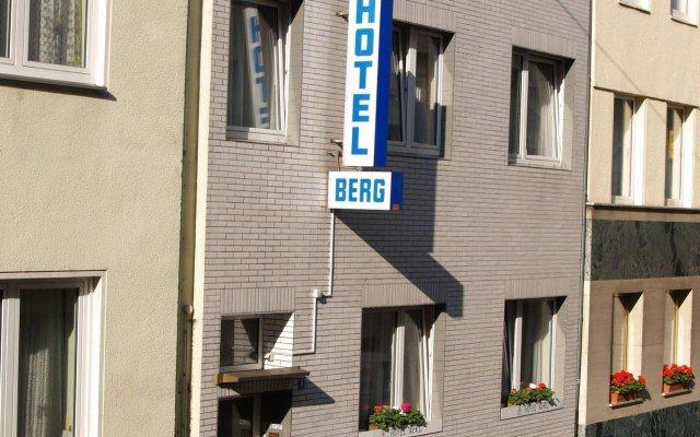Отель Berg Германия, Кёльн - 12 отзывов об отеле, цены и фото номеров - забронировать отель Berg онлайн вид на фасад