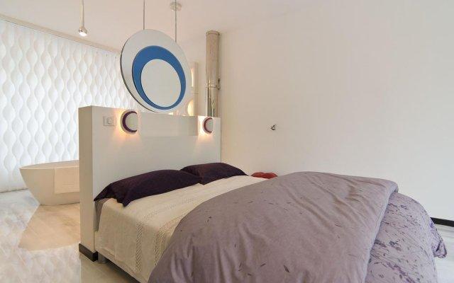 Отель Studios Paris Bed & Breakfast Le Jardin de Montmartre Париж комната для гостей