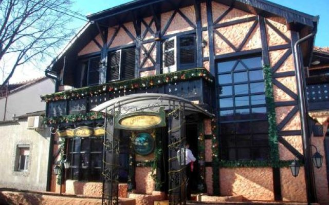 Отель Villa Geppetto Сербия, Белград - отзывы, цены и фото номеров - забронировать отель Villa Geppetto онлайн вид на фасад