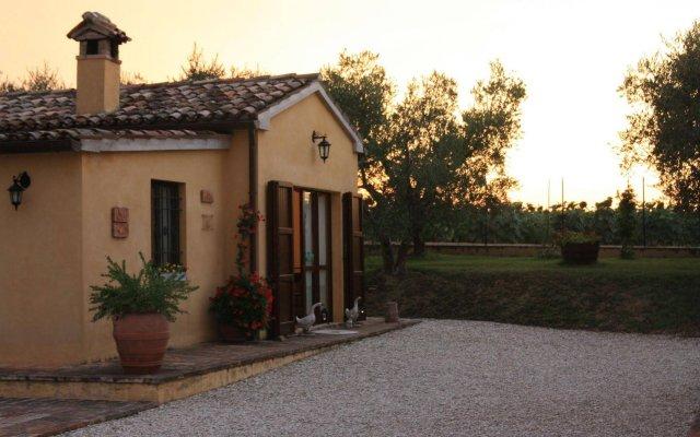 Отель Agriturismo Al Crepuscolo Италия, Реканати - отзывы, цены и фото номеров - забронировать отель Agriturismo Al Crepuscolo онлайн вид на фасад