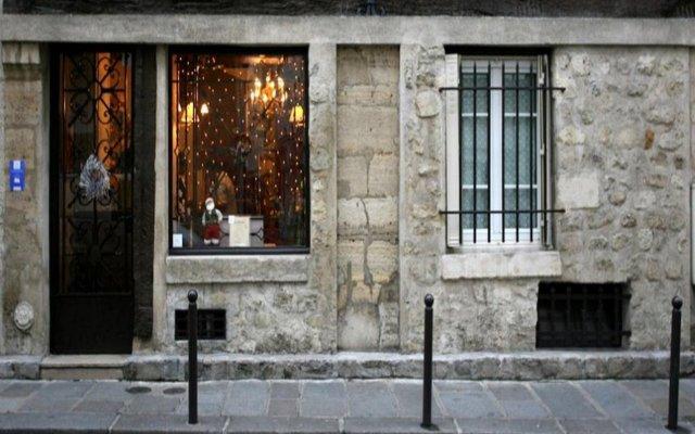Отель Tonic Hôtel Saint Germain вид на фасад