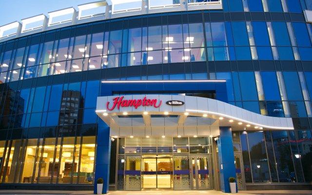 Гостиница Hampton by Hilton Нижний Новгород в Нижнем Новгороде - забронировать гостиницу Hampton by Hilton Нижний Новгород, цены и фото номеров вид на фасад