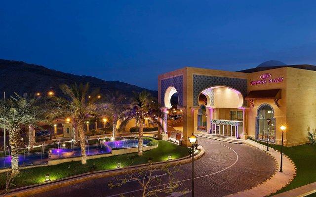 Отель Crowne Plaza Jordan Dead Sea Resort & Spa Иордания, Сваймех - отзывы, цены и фото номеров - забронировать отель Crowne Plaza Jordan Dead Sea Resort & Spa онлайн вид на фасад