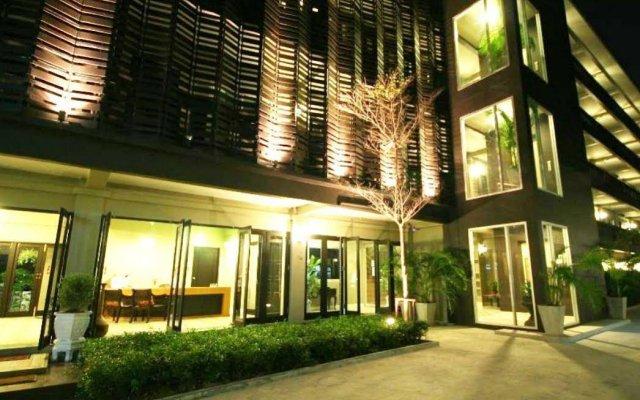 Отель Ploen Pattaya Residence вид на фасад