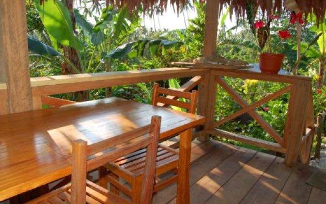 Lakatoro Palm Lodge