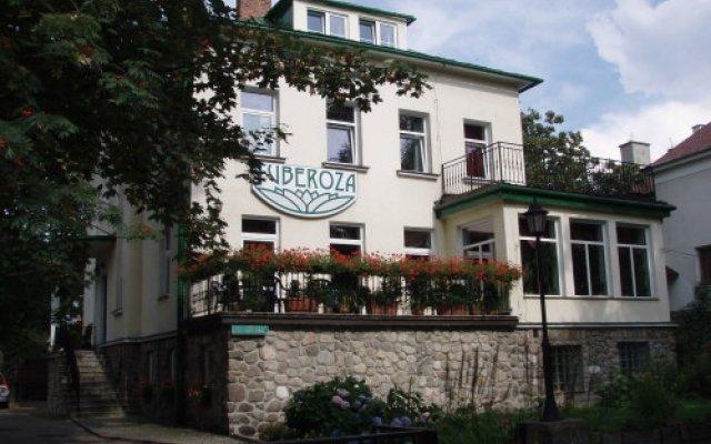 Отель Tuberoza вид на фасад