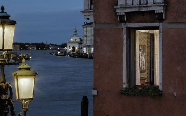 Отель Galleria Италия, Венеция - отзывы, цены и фото номеров - забронировать отель Galleria онлайн вид на фасад