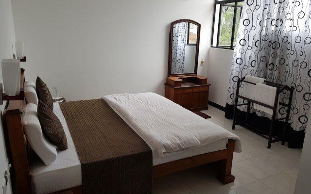 Отель Us Holiday Resort комната для гостей