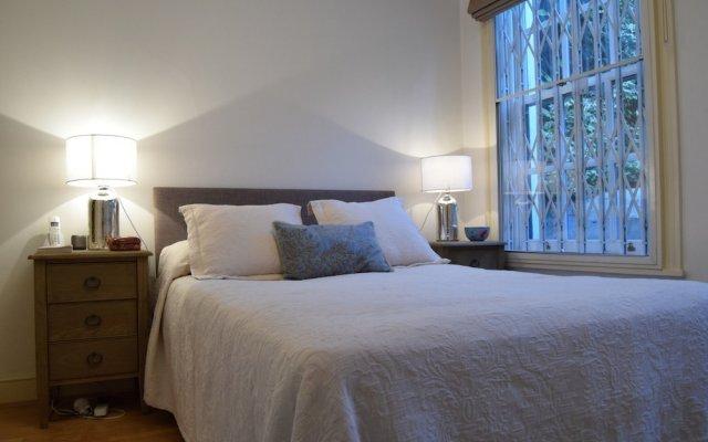 Апартаменты 2 Bedroom Apartment in St Johns Wood London комната для гостей