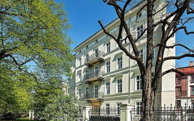 Отель Joyinn Aparthotel Вроцлав вид на фасад