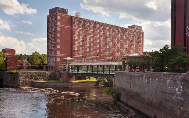 UMass Lowell Inn and Conference Center 0