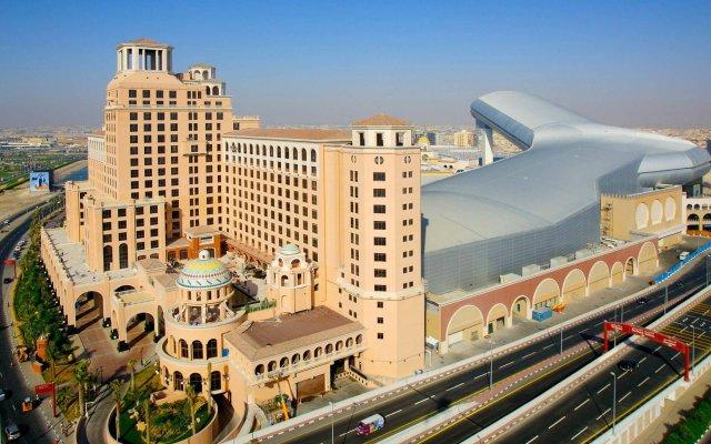 Al Waleed Palace Hotel Apartments-Al Barsha вид на фасад