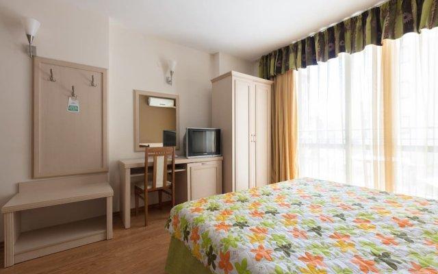 Апартаменты Cosy Studio with Kitchen & Balcony комната для гостей