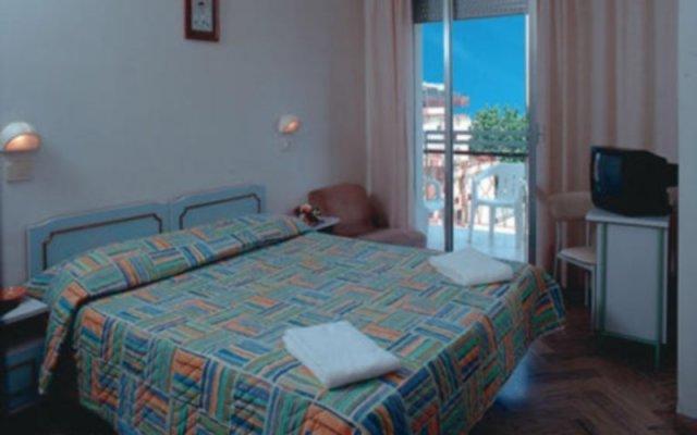 Отель Lem Римини комната для гостей