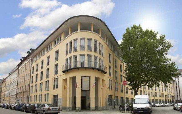 Отель GHOTEL hotel & living München – Zentrum Германия, Мюнхен - 1 отзыв об отеле, цены и фото номеров - забронировать отель GHOTEL hotel & living München – Zentrum онлайн вид на фасад