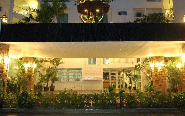 Отель Bansabai Hostelling International Таиланд, Бангкок - 1 отзыв об отеле, цены и фото номеров - забронировать отель Bansabai Hostelling International онлайн вид на фасад