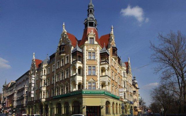 Hotel Diament Plaza Gliwice вид на фасад
