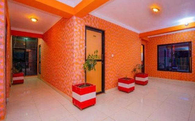 Отель Spot on 430 Hotel Heaven Hill Непал, Нагаркот - отзывы, цены и фото номеров - забронировать отель Spot on 430 Hotel Heaven Hill онлайн вестибюль