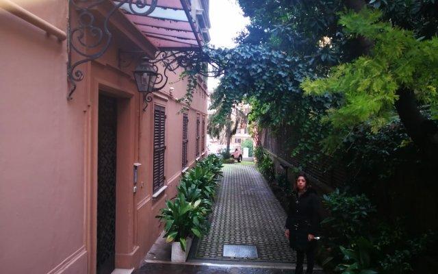 Отель Trastevere luxury house вид на фасад