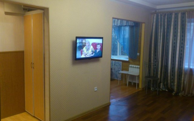 Гостиница на Буркова в Мурманске 1 отзыв об отеле, цены и фото номеров - забронировать гостиницу на Буркова онлайн Мурманск вестибюль