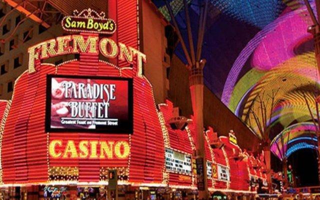 Отель Fremont Hotel & Casino США, Лас-Вегас - отзывы, цены и фото номеров - забронировать отель Fremont Hotel & Casino онлайн вид на фасад