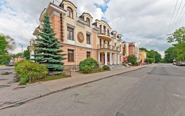 Мини-Отель Натали Пушкин вид на фасад
