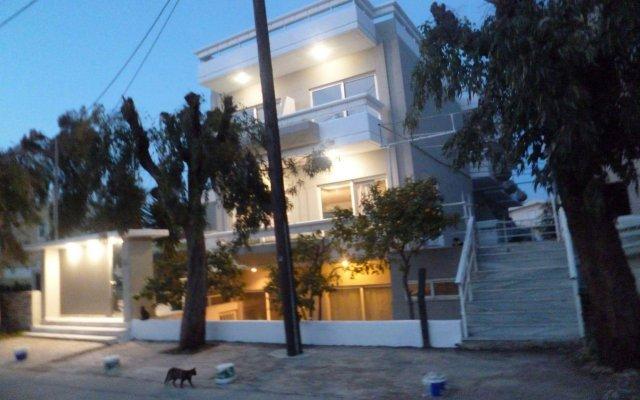 Отель ALKYONIDES Петалудес вид на фасад