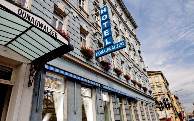 Boutique Hotel Donauwalzer вид на фасад