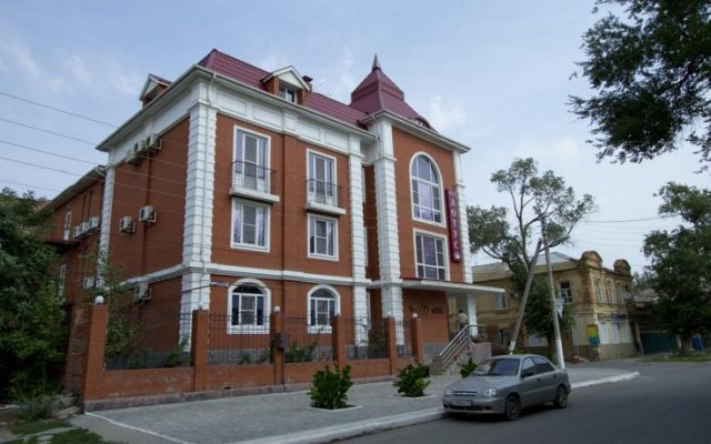 Гостиница Лотус вид на фасад