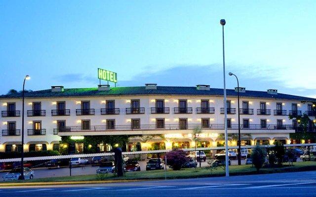 Hotel Zodiaco вид на фасад