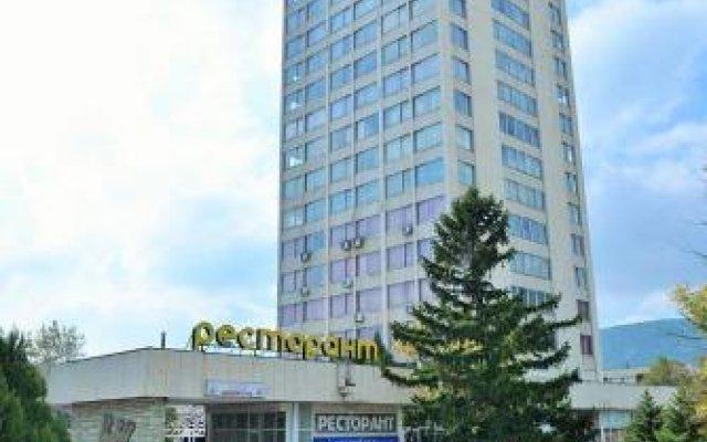 Отель Vista Sliven Болгария, Сливен - отзывы, цены и фото номеров - забронировать отель Vista Sliven онлайн вид на фасад