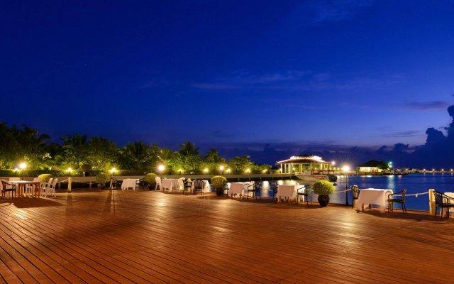 Отель Adaaran Prestige Ocean Villas Мальдивы, Атолл Каафу - отзывы, цены и фото номеров - забронировать отель Adaaran Prestige Ocean Villas онлайн вид на фасад