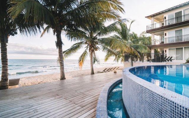 Отель Playa Escondida Beach Club вид на фасад